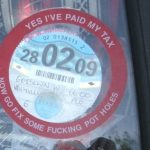 Do I need to stick my licence disk to the windscreen?