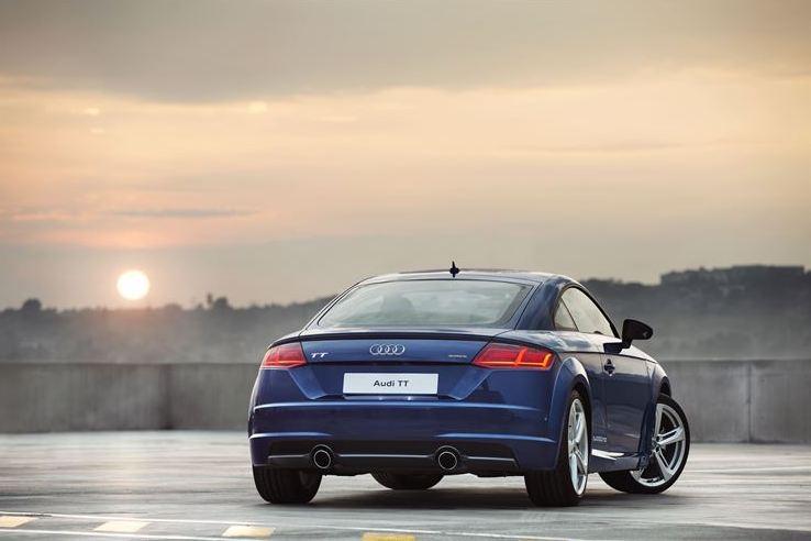 Audi TT Back