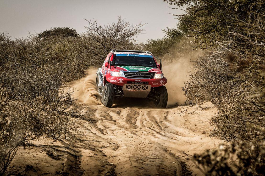 desert sand driving