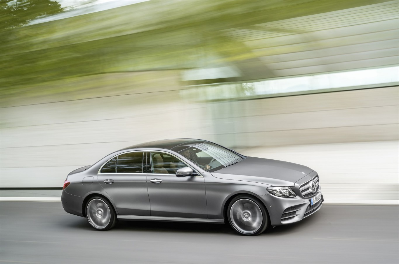 Mercedes benz e class the most intelligent executive for Mercedes benz insurance