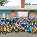 Volkswagen employees pack 25 000 meals for orphaned and vulnerable children