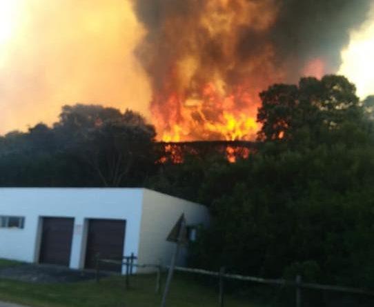 Police probe arson in St Francis Bay blaze